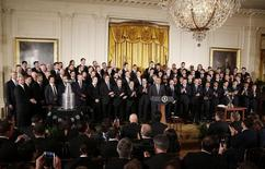 U.S. President Barack Obama hosts the 2014 NHL Stanley Cup winners Los Angeles Kings and the 2014 MLS Cup champions Los Angeles Galaxy in the East Room of the White House in Washington, February 2, 2015.       REUTERS/Larry Downing