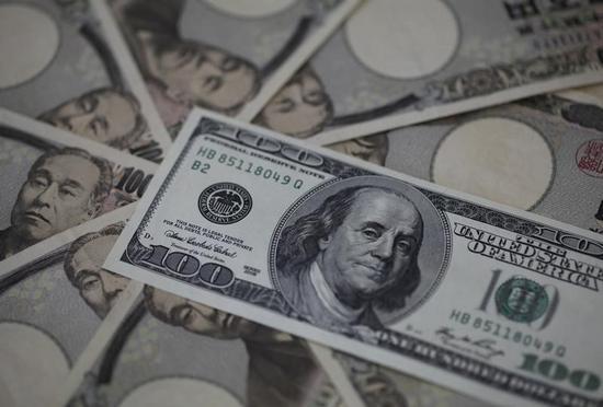 ドル下落、米民間設備投資の軟化示す統計で=NY外為市場