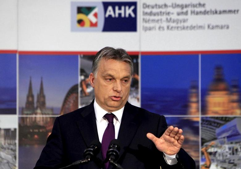 Hungarian Prime Minister Viktor Orban speaks at the annual meeting of the German-Hungarian Chamber of Industry and Commerce (DUIHK) in Budapest, Hungary, May 7, 2015. REUTERS/Bernadett Szabo