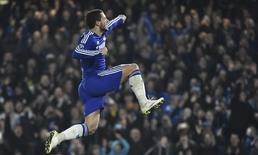 Eden Hazard comemorando gol durante partida contra o Paris Saint-Germain.   11/03/2015  Reuters / Toby Melville Livepic