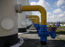 Газокомпрессорная станция в украинском городе Боярка. 22 апреля 2015 года. Украина перечислила Газпрому предоплату в размере $30 миллионов за поставки газа, сообщила пресс-служба украинского импортера госкомпании Нафтогаз. REUTERS/Gleb Garanich