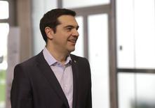 Premiê grego, Alexis Tsipras, chega para reunião em Riga  22/5/2015 REUTERS/Ints Kalnins