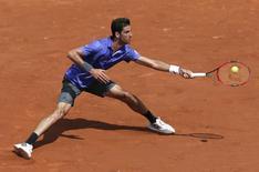 Tenista brasileiro Thomaz Bellucci durante partida contra o japonês Kei Nishikori em Roland Garros, em Paris. 27/05/2015 REUTERS/Gonzalo Fuentes