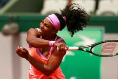 Tennis - French Open - Roland Garros, Paris, France - 28/5/15 Women's Singles - USA's Serena Williams in action during the second round Action Images via Reuters / Jason Cairnduff
