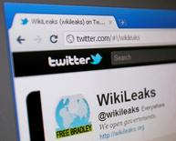 Wikileaks offre 100.000 dollars de récompense pour une copie de l'accord de partenariat transpacifique (TPP), pièce maîtresse du virage diplomatique de Barack Obama en direction de l'Asie. /Photo d'archives/REUTERS/Tim Chong
