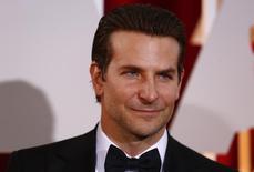 Bradley Cooper chega para cerimônia do Oscar em Hollywood.  22/2/2015. REUTERS/Lucas Jackson