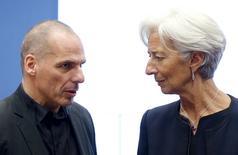 Ministro das Finanças da Grécia, Yanis Varoufakis, e diretora-gerente do FMI,  Christine Lagarde, em Luxemburgo. 18/06/2015   REUTERS/Francois Lenoir