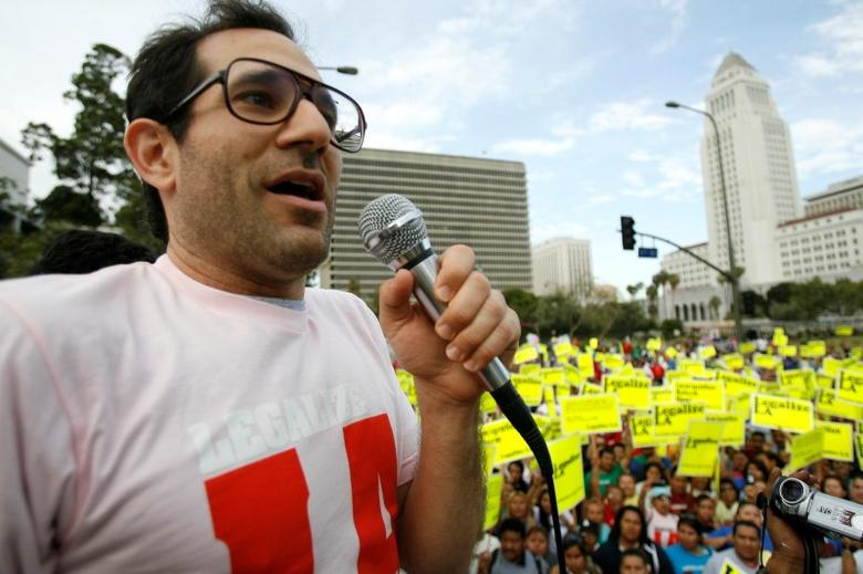 American Apparel owner Dov Charney speaks during a May Day rally in downtown Los Angeles, in this file photo taken May 1, 2009.   REUTERS/Mario Anzuoni