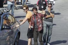 """Foto de archivo del actor Tom Cruise, al llegar a Rabat para filmar """"Misión: Impossble 5"""", en Marruecos, 25 de septiembre de 2014. Alibaba Pictures Group Ltd está realizando su primera inversión en el cine y se ha aliado con Paramount Pictures para la promoción de la última entrega de """"Misión: Imposible"""" en China. REUTERS/Stringer"""