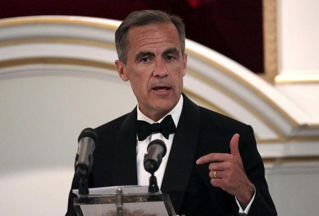 Bank of England Governor Mark Carney speaks during the Bankers and Merchants Dinner at the Masion House in London, Britain June 10, 2015.  REUTERS/Neil Hall