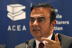 Carlos Ghosn, CEO of the Renault-Nissan Alliance, and current chairman of the Association of European Carmakers, speaks during a news conference of the European Automobile Manufacturers' Association (ACEA) in Paris, France,  June 12, 2015. REUTERS/Charles Platiau