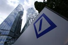 A Deutsche Bank logo adorns a wall at the company's headquarters in Frankfurt, Germany June 9, 2015. REUTERS/Ralph Orlowski