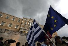 Manifestação pró-euro em Atenas. 30/6/2015 REUTERS/Yannis Behrakis