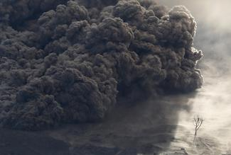 Ash clouds of Sinabung