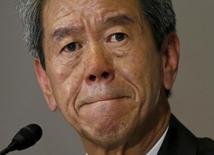 Le directeur général de Toshiba, Hisao Tanaka. Le conglomérat japonais s'attend à devoir inscrire des charges comprises entre 300 et 400 milliards de yens (2,22 à 2,96 milliards d'euros) à la suite d'une enquête indépendante sur ses pratiques comptables passées. /Photo prise le 15 mai 2015/REUTERS/Issei Kato