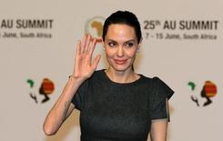 Angelina Jolie durante evento na África do Sul.   12/06/2015   REUTERS/Siphiwe Sibeko