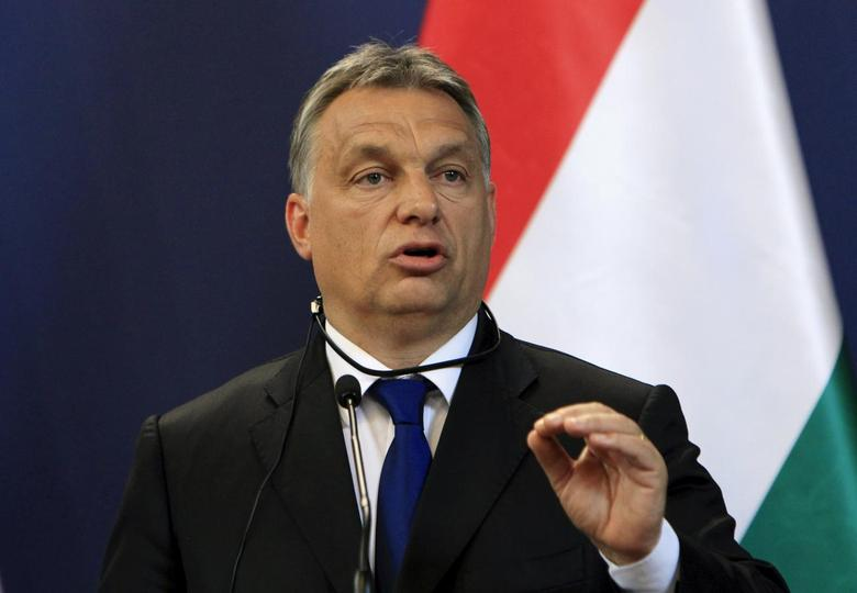 Hungarian Prime Minister Viktor Orban attends a news conference with Serbian Prime Minister Aleksandar Vucic (not pictured) in Budapest, Hungary, July 1, 2015. REUTERS/Bernadett Szabo