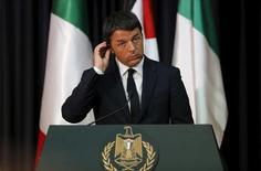 Le président du Conseil italien, Matteo Renzi. Le taux de chômage en Italie a, contre toute attente, augmenté en juin pour s'établir 12,7%, un pic de sept mois, contre 12,5% en mai. Le taux de chômage des jeunes, soit la catégorie 15-24 ans, a également augmenté, à 44,2%, un record, contre 42,4% (chiffre révisé) en mai. /Photo prise le 22 juin 2015/REUTERS/Ammar Awad
