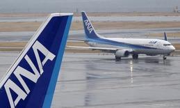 ANA Holdings s'est assuré mercredi du soutien des créanciers de Skymark Airlines pour le redressement de la compagnie aérienne en faillite, damant ainsi le pion à Delta Air Lines, qui voit s'échapper une occasion de se développer au Japon. /Photo d'archives/REUTERS/Yuya Shino