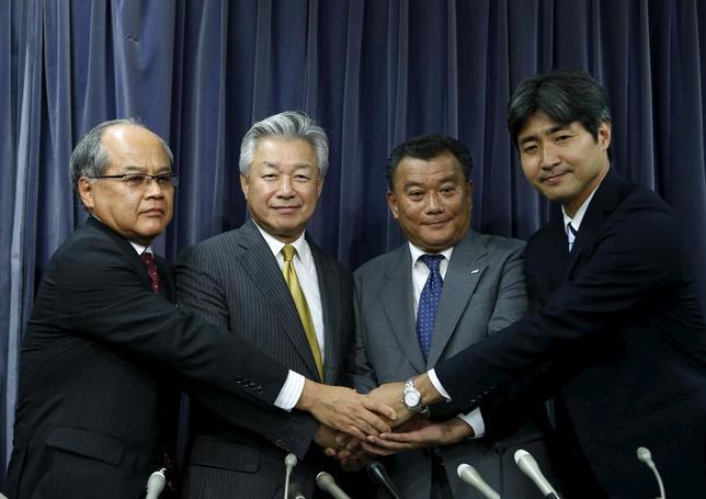 8月5日、民事再生手続き中のスカイマークが策定した再生計画案が債権者集会で可決されたことを受け、支援企業となる投資ファンドのインテグラル(東京千代田区)やANAホールディングスが国土交通省で記者会見(写真)を行った。5日撮影(2015年 ロイター/Yuya Shino)