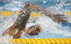 Italiano Paltrinieri nada para vencer os 1.500m livre no Mundial em Kazan.  9/8/2015.    REUTERS/Stefan Wermuth