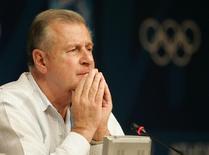 Ex-diretor-geral do Comitê Olímpico Internacional François Carrard.   16/08/2004  Reuters Photographer / Reuters