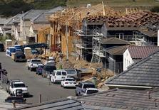 Casas residenciales en construcción, en San Marco, California, 23 de marzo de 2015. La confianza de los constructores en Estados Unidos subió en agosto a su nivel más alto desde una lectura similar hace casi una década, dijo el lunes la Asociación Nacional de Constructores de Casas. REUTERS/Mike Blake