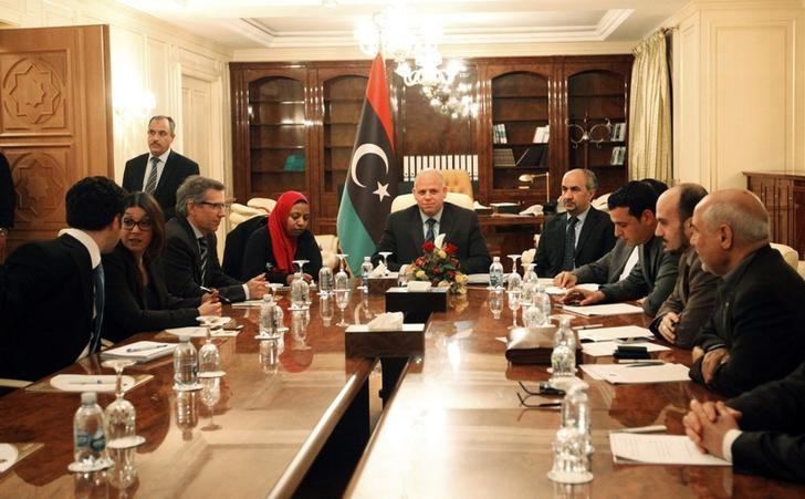 Bernardino Leon (3rd L), U.N. special envoy for Libya, attends a meeting with members of the Libyan General National Congress in Tripoli March 2, 2015. REUTERS/Ismail Zitouni