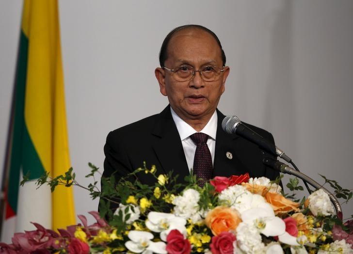 Myanmar's President Thein Sein speaks at the Mekong-Five Economic Forum hosted by Japan External Trade Organization (JETRO) in Tokyo, July 3, 2015. REUTERS/Toru Hanai