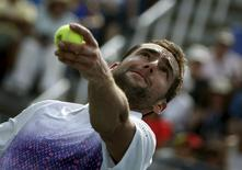 Marin Cilic of Croatia serves to Guido Pella of Argentina during their match at the U.S. Open Championships tennis tournament in New York, August 31, 2015. REUTERS/Mike Segar
