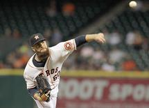 Houston Astros starting pitcher Dallas Keuchel (60) pitches against the Seattle Mariner in the top of the third inning at Minute Maid Park. Thomas B. Shea-USA TODAY Sports