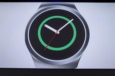 Novo relógio inteligente Samsung Gear S2. 13/08/ 2015. REUTERS/Andrew Kelly