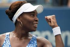Venus Williams of the U.S. celebrates after defeating Belinda Bencic of Switzerland in their third round match at the U.S. Open Championships tennis tournament in New York, September 4, 2015. REUTERS/Adrees Latif   Picture Supplied by Action Images
