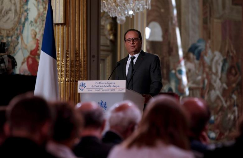 French President Francois Hollande attends his news conference at the Elysee Palace in Paris, France, September 7, 2015.    REUTERS/Philippe Wojazer