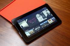 Novo tablet da Amazon, mostrado durante apresentação dos produtos em San Francisco, na Califórnia.  17/09/2015    REUTERS/Beck Diefenbach