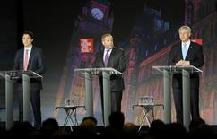 Liberal leader Justin Trudeau, (L to R), NDP leader Thomas Mulcair and Conservative leader Stephen Harper participate in the Globe and Mail Leaders Debate in Calgary during the Globe and Mail Leaders Debate in Calgary, Alberta September 17, 2015. REUTERS/Mike Sturk