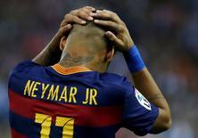 Neymar durante partida do Barcelona contra Atlético de Madri, na Espanha.   12/09/2015   REUTERS/Javier Barbancho