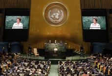 Presidente Dilma Rousseff durante discurso na Assembleia-Geral da ONU, em Nova York.  28/09/2015    REUTERS/Mike Segar