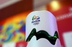 Tocha Olímpica dos Jogos Rio 2016 em exibição em São Paulo.  09/09/2015   REUTERS/Paulo Whitaker