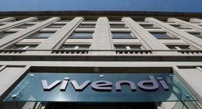Vivendi a pris des participations au capital des développeurs français de jeux vidéo Ubisoft et Gameloft, à hauteur de respectivement 6,6% et 6,2%. Le groupe était déjà présent dans le secteur des jeux vidéo à travers Activision Blizzard, développeur dont il détient toujours 5,7% des actions.  /Photo d'archives/REUTERS/Gonzalo Fuentes