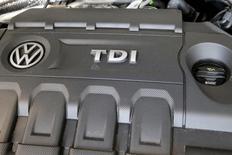 Motor de carro da Volkswagen em loja da VW em Nova York.   21/09/2015   REUTERS/Shannon Stapleton