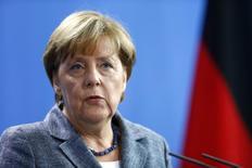 Канцлер Германии Ангела Меркель на пресс-конференции в Берлине. 15 сентября 2015 года. Ассоциация торгово-промышленных палат Германии слегка понизила прогноз роста крупнейшей экономики Европы в 2015 году - до 1,7 процента, а также сообщила, что ожидает замедления динамики в следующем году. REUTERS/Hannibal Hanschke