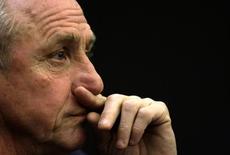 Johan Cruyff durante evento em Barcelona.   20/12/2009      REUTERS/Albert Gea