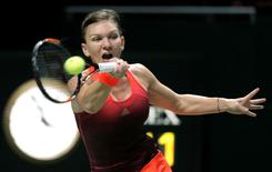 Tennis - BNP Paribas WTA Finals - Singapore Indoor Stadium, Singapore Sports Hub - 29/10/15 Romania's Simona Halep in action in the round robin match Action Images via Reuters / Jeremy Lee