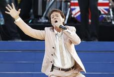 Singer Cliff Richard performs during the Diamond Jubilee concert in front of Buckingham Palace in London in this file photo taken on June 4, 2012. REUTERS/David Moir/Files