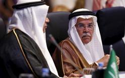 Министр нефти Саудовской Аравии Аль аль-Наими на конференции в Эр-Рияде. 4 ноября 2015 года. Делегация Саудовской Аравии посетит Россию 24-26 ноября для участия в заседании межправительственной комиссии, сообщило министерство энергетики РФ. REUTERS/Faisal Al Nasser