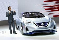 Carlos Ghosn, CEO of the Renault-Nissan Alliance, presents the Nissan IDS concept car at the 44th Tokyo Motor Show in Tokyo, in this October 28, 2015  file photo.  REUTERS/Thomas Peter/Files