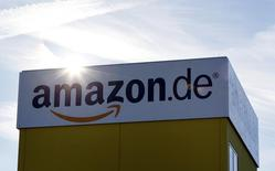 L'Office fédéral des cartels allemand a annoncé lundi avoir ouvert une enquête sur l'accord conclu entre Apple et Amazon sur la vente de livres audio. /Photo d'archives/REUTERS/Michaela Rehle