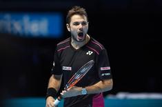 Tennis - Barclays ATP World Tour Finals - O2 Arena, London - 20/11/15 Men's Singles - Switzerland's Stanislas Wawrinka reacts during his match against Great Britain's Andy Murray Action Images via Reuters / Tony O'Brien