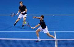 Tennis - Great Britain v Australia - Davis Cup Semi Final - Emirates Arena, Glasgow, Scotland - 19/9/15 Men's Doubles - Great Britain's Andy Murray and Jamie Murray in action during their match Action Images via Reuters / Jason Cairnduff Livepic